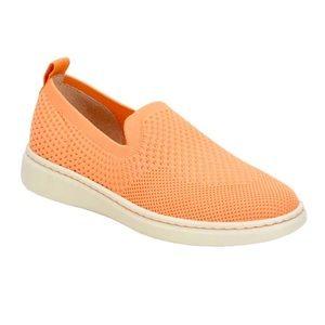 NWOT Born Patton Knit Slip-On Sneakers